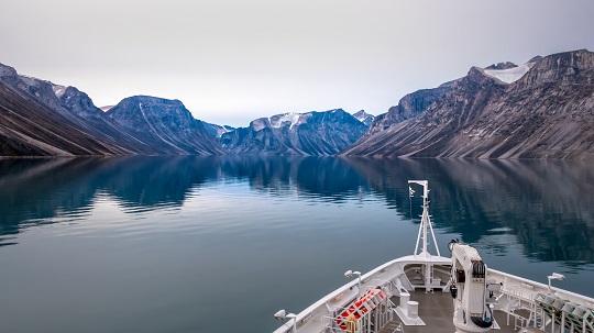 A ship coming into Nunavut.
